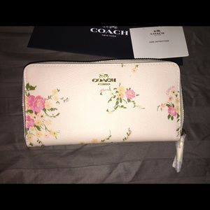 Brand New Coach Wallet!